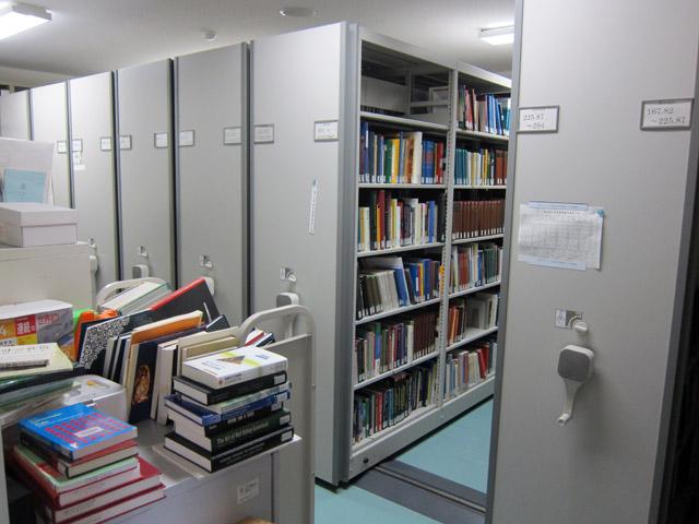 専攻図書室